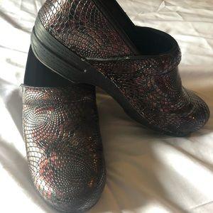 Dansko Crocodile UNIQUE Nurse shoes size 41